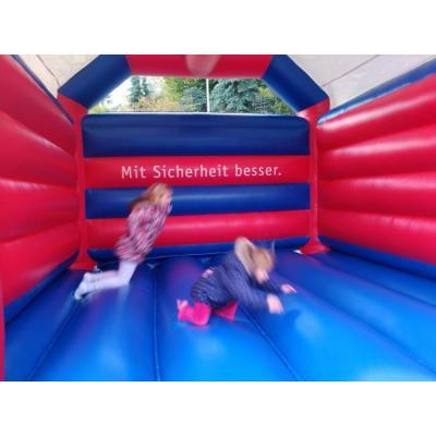In der PaX-Hüpfburg gab es mächtig viel Spaß